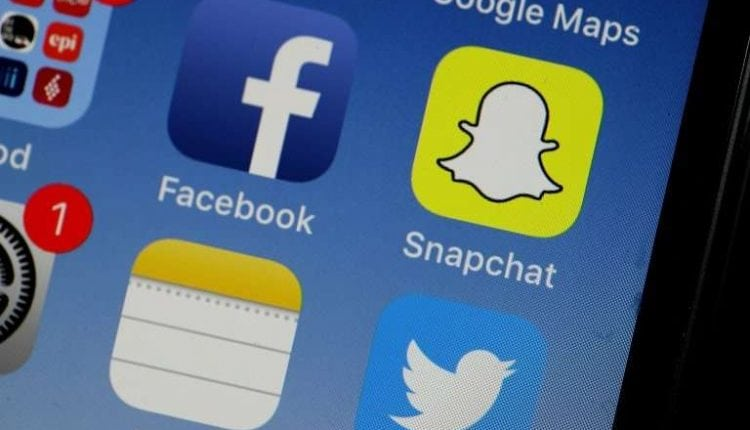 Snapchat aims to spread reach to other apps   Tech News