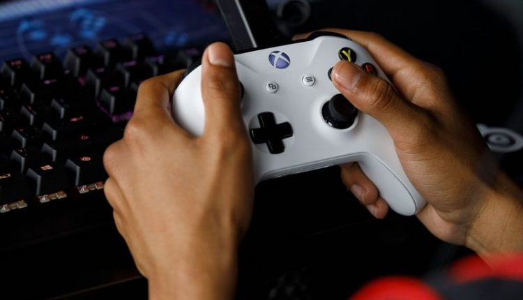 Electronic Arts sees social features as the future of gaming
